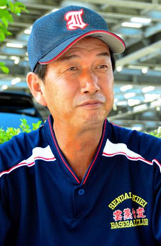 写真:仙台育英の佐々木順一朗監督